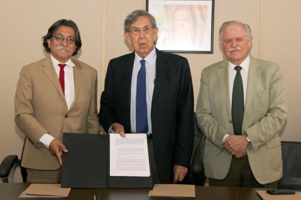 Agreement signed between PUEC-UNAM and the Coordination of International Affairs of the Mexico City´s Government